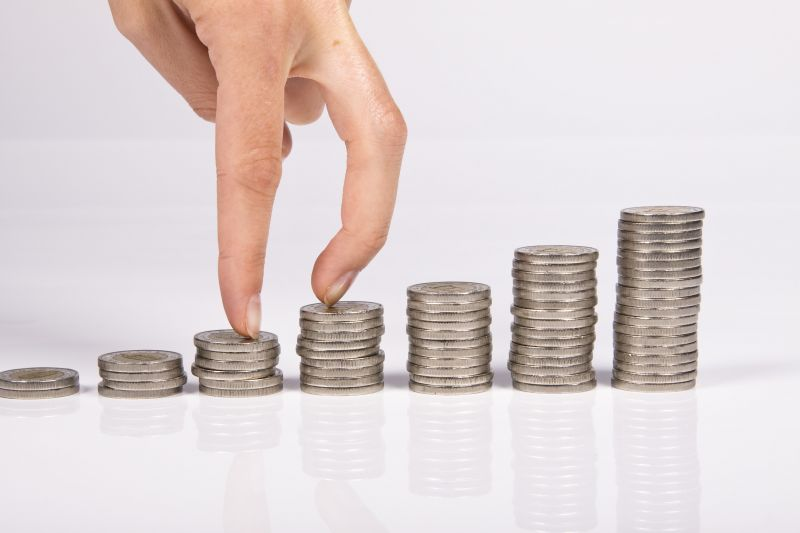 P2P理财投资用户将近400万 - 金评媒