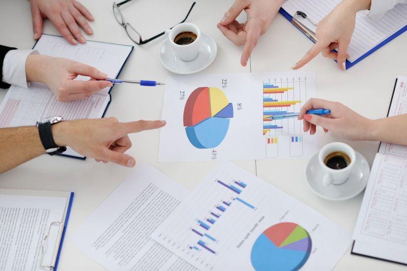 HERE获9700万欧元投资,新三板挂牌企业增至10163家 - 金评媒
