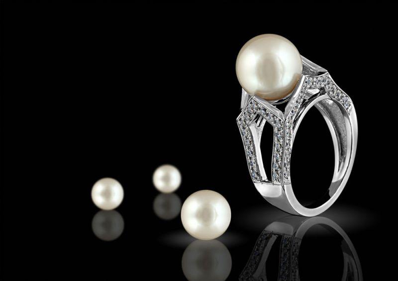 珠宝e贷现兑付危机欲用珠宝兑付 3日前曾宣布获A轮融资 - 金评媒