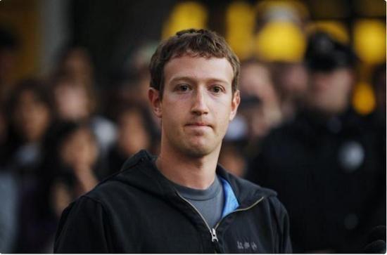 Facebook股东施压 扎克伯格董事长席位或不保 - 金评媒