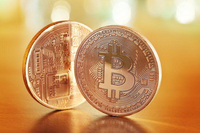 比特币持续震荡 埃森哲推出区块链私钥存储 - 金评媒