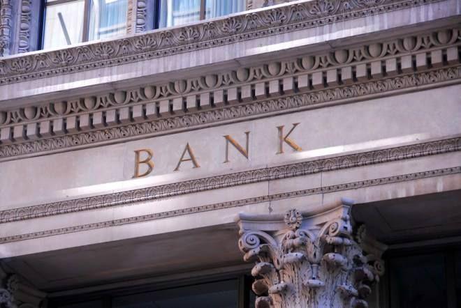 银行境外开户门槛变相提高 - 金评媒