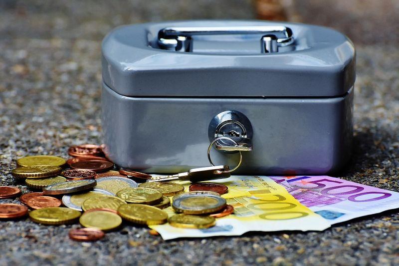现金贷也分三六九等,差异化管理后不会步校园贷后尘 - 金评媒