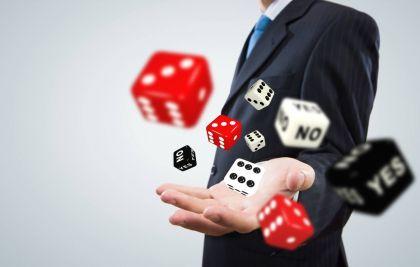 为什么我们要谨慎投资期货和股票?