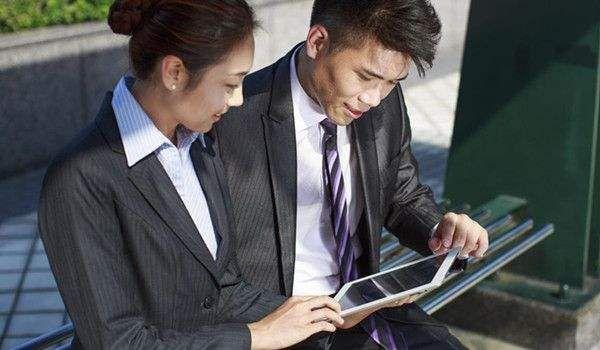 保险代理人7年翻番暴增至745万人七成增员去了上市险企 - 金评媒