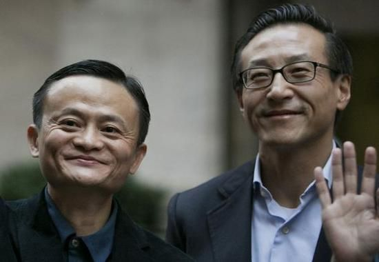 马云与蔡崇信拟减持阿里股份 可套现近40亿美元 - 金评媒