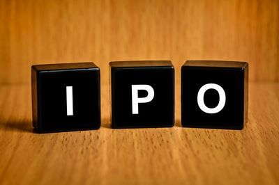 "IPO堰塞湖9个月""泄洪""逾280家 全年融资或超2200亿"