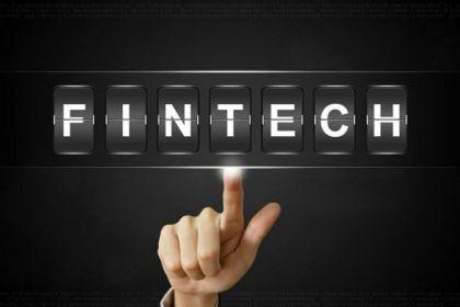 """""""出国"""",Fintech指着大海的方向?"""