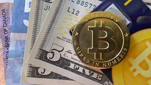 比特币一周暴跌30% 市值蒸发超250亿美元 - 金评媒