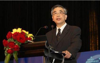 李东荣:金融科技问题不断 风险该这样防控