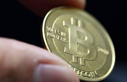 比特币进入疯狂期 高位风险骤增