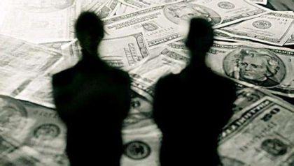"""现金贷平台推""""霸王卡""""被指变相砍头息,律师称监管暂无限制"""