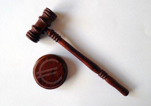 整治银行业市场乱象:银监会全年罚没30亿 - 金评媒
