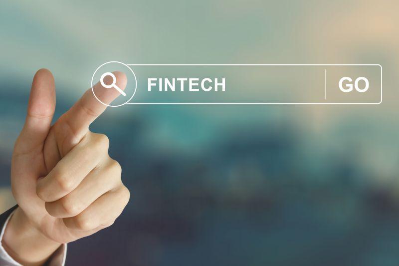 金融科技引领跨界融合发展 - 金评媒