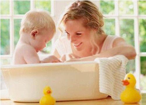 互联网金融监管的大忌:把洗澡水和婴儿一起倒掉 - 金评媒