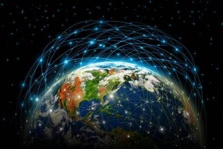 首个能源区块链应用落地 推动清洁能源互联共享 - 金评媒