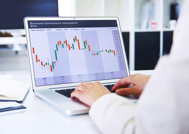 2月P2P网贷成交量环比降18.83% 投资人、借款人连续三个月下滑 - 金评媒