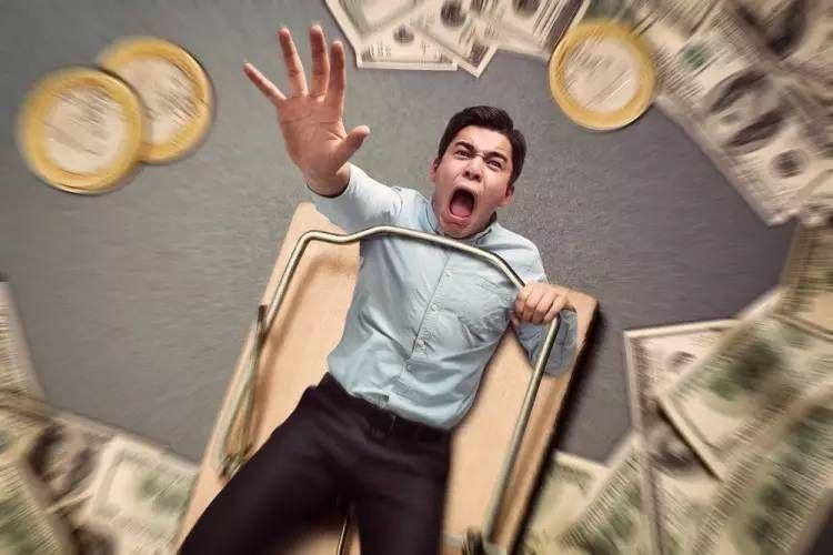 """借款几万元滚成几百万 """"套路贷""""让人倾家荡产 - 金评媒"""