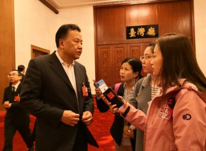 证监会副主席阎庆民:CDR将很快推出