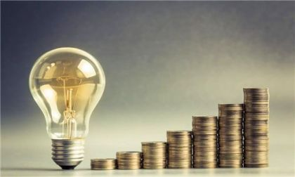 保监会:降低建档立卡贫困户生产生活相关保险产品费率