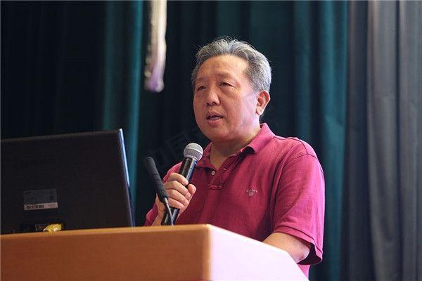 人大副校长吴晓求:扫码支付500元/天的限制不恰当 是逆着趋势走 - 金评媒