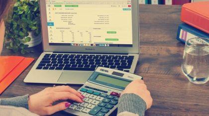 收益赶超余额宝,买入就计息,这个工具非常适合现金管理!