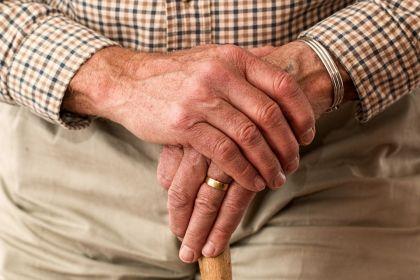 税延养老险细则设限: 不得向55岁以上参保人推销收益浮动型产品