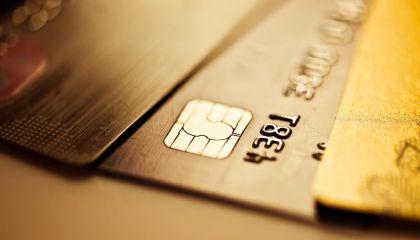 """信用卡线上发卡战爆发:去年整体增长60%,""""空中发卡""""成趋势"""