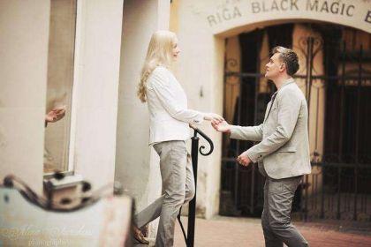 易通贷观点:好的爱情需要情商更需要财商