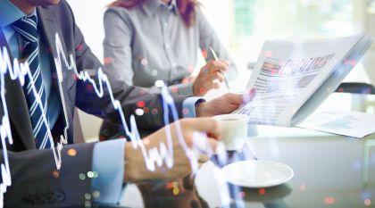 """互金情报局:互金平台钱满仓疑似爆雷 微信测试""""亲属卡""""付款 大学生网贷3000元欠债10万多"""