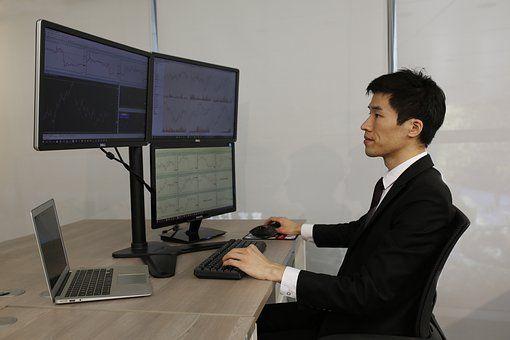 """证监会披露互联网""""非法荐股""""新套路 微信群成重灾区"""