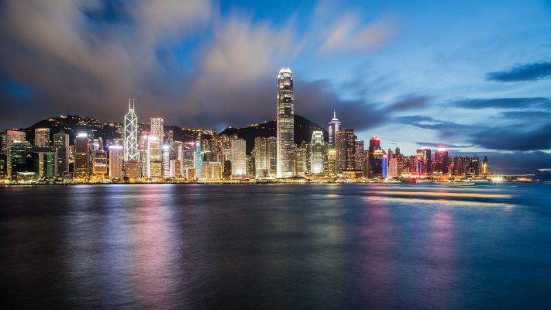 互金巨头暗战香港市场 微信香港钱包上线信用卡还款 - 金评媒