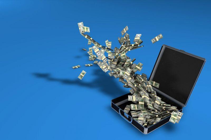 互金情报局:农商行遭遇599万骗贷案 传监管暂停地产信托报备 Q2移动支付业务量快速增长 - 金评媒