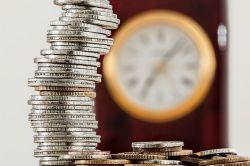 银行理财相关配套措施按计划推进 收益率创年内新低