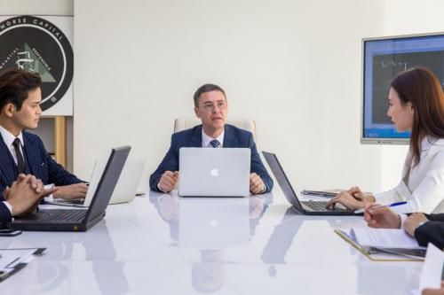 专访摩斯智投创始人Elton Morse :打造十亿外汇分析师团队