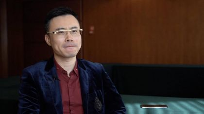 社交新秀内讧:王欣枪口转向多闪?