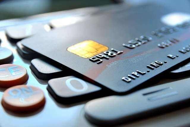 没有固定工作,如何申请信用卡? - 金评媒