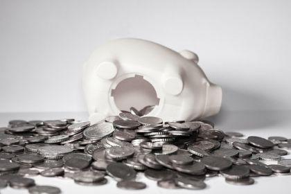 央行报告:Q1余额下降273亿 国内小贷现双降