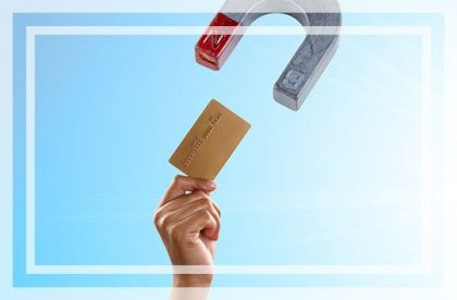 银行卡信用卡发卡量10年增至9.7亿张