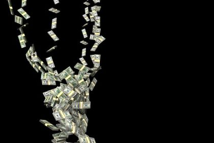 """出租银行卡就能轻松赚钱?小心遭遇""""洗黑钱"""""""