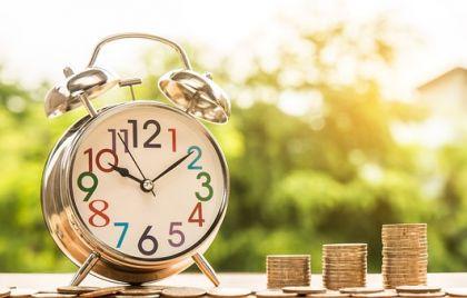 银行理财转型阵痛:规模普遍下降 转型净值化速度加快