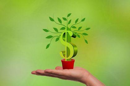 上市银行大赚1.4万亿 拨备压降能释放2千亿利润