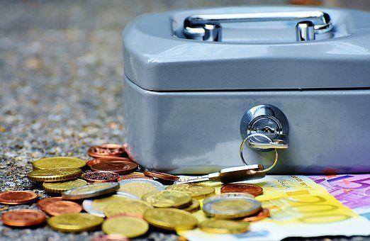 银保监会:加大产业链核心企业金融支持力度 - 金评媒